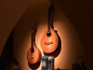 Portugese guitars in Faia Restaurant